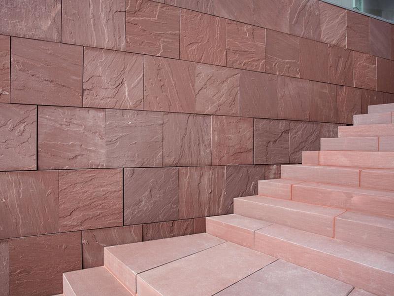 rivestimento pietra scale
